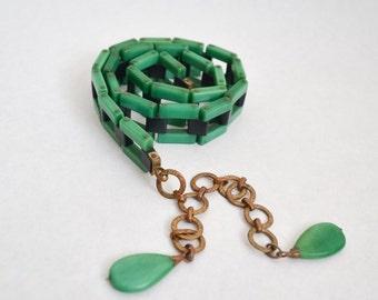 1920s 30s Jade green & black Galalith link belt / 1930s 20s casein plastic brass tassel chain belt