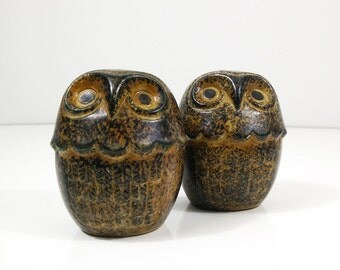Owl salt pepper shakers - vintage brown stoneware shaker set