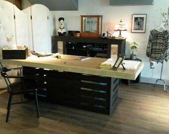 6 foot  privacy desk