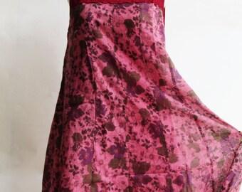 D25, Queen Elizabeth Garden Cute Floral Red Cotton Dress