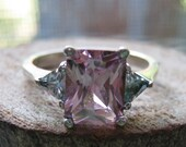 Vintage Three Stone Sterling Silver Women's Ring with Pink and Clear Cubic Zirconium Stones Size 7