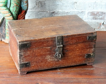 Wood Box Vintage Carved Hand Made Indian Keepsake Box Merchant Chest Jewelry Box Small Storage Metal Accent Moroccan Turkish Teak