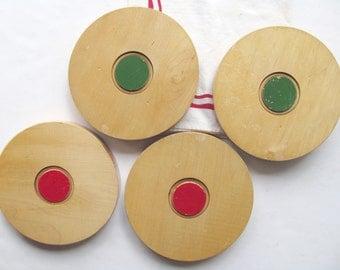 Vintage Wooden Shuffleboard Pucks Discs Maple Wood Stacking Blocks Decor Display Red Green Sports Game Pieces Decor Block Stand Art Trivet