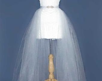 Wedding tulle skirt. Long tulle skirt. Over skirt white. Destination wedding outfit.