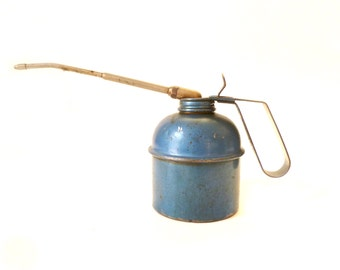 Small Blue Vintage Oil Can ... Italian Brevettata Oil Canister, Industrial, Rusty, Steampunk Props, .500 Oiler,