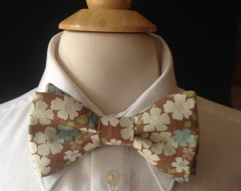 Floral Bow Ties / Wedding Bow Ties /Country wedding / Blue And Brown Bow Tie / Floral Pre-Tied Bow Ties / Handmade Bow Ties / Bow Ties Men