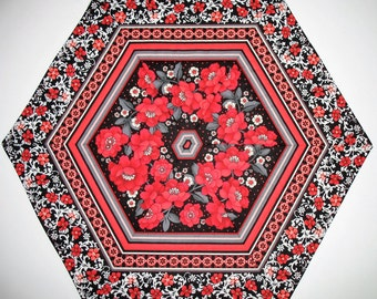 Floral Table Topper, Hexagon, red, black white