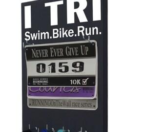 Triathlons race bib hanger and medal holder - Swim. Bike. Run. Gifts for triathlon athlete - Triathletes gift