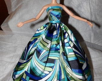 Silky blue & green print formal dress with tulle net slip for Fashion Dolls - ed861