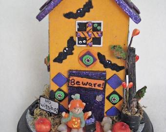 Haunted House//Halloween House//Halloween Decoration//Halloween Accent
