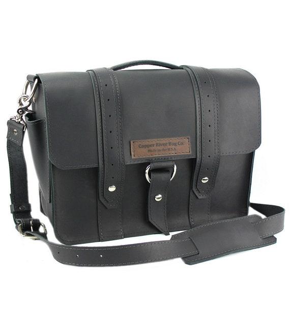 """15"""" Black Sierra Voyager Laptop Bag - 15-V-BL-LAP"""