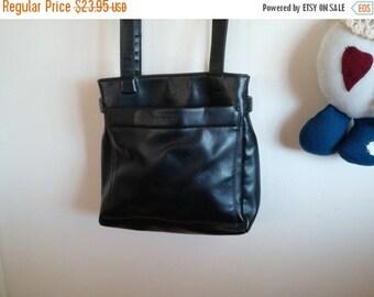 Designer Evan-Picone Black Leather Handbag Shoulder Strap