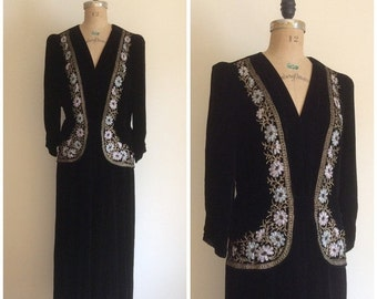 SALE 1920s 1930s Beaded Black Velvet Party Dress 20s 30s Metal Embroidered Flapper Gown Carson Pirie Scott Co.