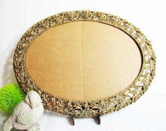 "Vintage Ornate Baroque Florentine Oval Gold Metal Wall Frame ... 13"" Cast Metal Oval Wall Frame"
