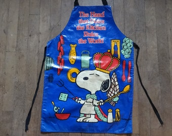 Vintage English Cotton Coated PVC Snoopy Sari Fabrics Apron Cooking Kitchen Collectable circa 1970-80's / English Shop
