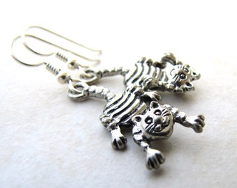 Cheshire Cat Earrings, Cat Earrings, Alice in Wonderland, Mad Hatter, Fairytale, Storybook, Teaparty