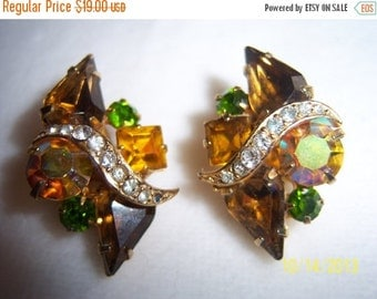 SALE Gorgeous Kramer Book Piece Fall Colors Clip on Earrings