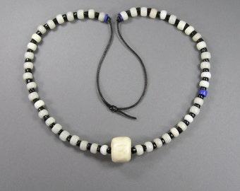 African Bead Necklace, Snake Spine, Crow Bead, Zig Zag Bead, Boho, Hippie, Festival Wear, Vintage Ethnic, Antique
