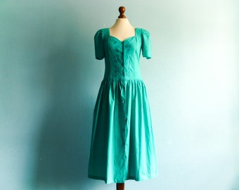 Vintage Emerald Green Dress Turquoise Teal Green / Fitted Waist Full Skirt / Short Puff Sleeves / Buttoned up / Floral Embroidered / medium