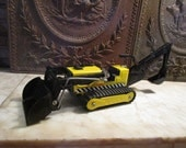 Vintage yellow and black 'Tonka' trencher, loader!
