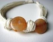 Agate Beige - linen necklace
