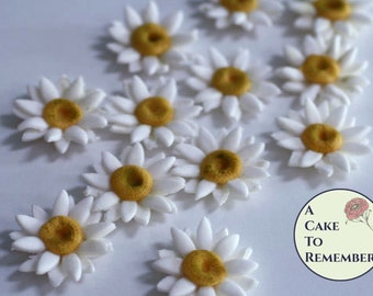 "12 edible wedding cake flowers, 1.5"" gumpaste daisies for cupcake toppers. Sugar cake pop toppers or cake decorating flowers."