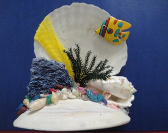Sea Shell Seashell With Fish Arrangement Figurine