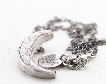 la lune|Porcelain and sterling silver necklace