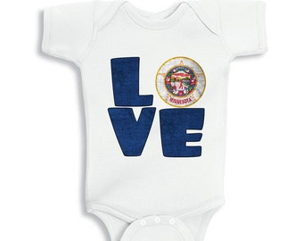 Love MINNESOTA baby bodysuit
