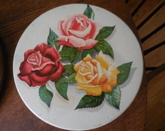 Vintage 1940s to 1960s White Large Tin Round Sewing/Cookie Storage Danish Assortment Kungsholm Baking Co. Pink/Red/Yellow Roses