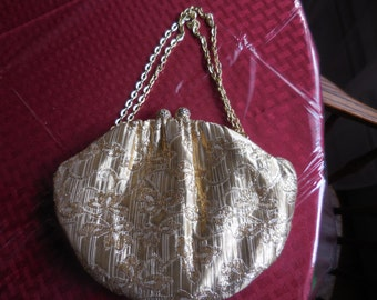 "Vintage 1950s to 1960s ""Fine Arts Bag"" Hong Kong Gold Metallic Thread Purse Kiss Lock Filigree Clasp Clutch and Chain Handle Dressy Wedding"