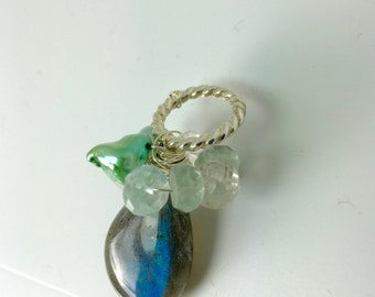 Labradorite Pendant, aquamarine and Green Keishi, Lilyb444