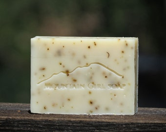 Tea Tree & Flowers - Handmade Vegan Soap
