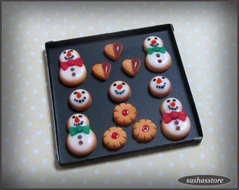Miniature christmas cookies 1:12th scale for dollhouse