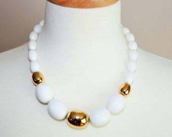 Chunky white & gold beaded necklace / vintage Monet signed designer / summer mid century mod fashion / short length