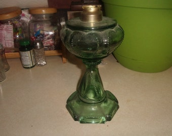vintage oil lamp green beaded queen hearts no burner
