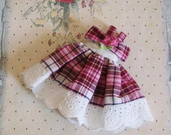 Ooak Custom Blythe Pink Burgundy White Black Plaid Sundress White Eyelet Embroidery Hand Dyed Silk Ribbon Rose Bow Dress
