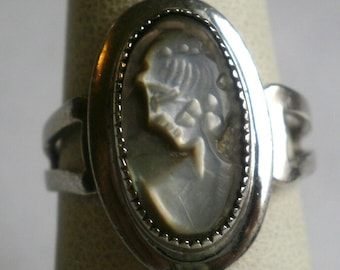Sterling Silver Cameo Ring-Size 6 1/4