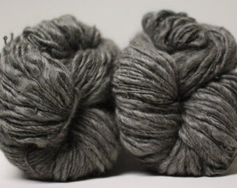 Thick and Thin Yarn Handspun Charcoal Grey Gotland Wool Slub  tts(tm) Half-Pounder Super Bulky