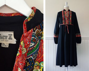 1970s Boho Chic Dress --> 70s Dress --> Indian 1970s Dress --> Vintage Dress --> Bohemian Dress --> 1970 Dress --> Black Dress --> Peasant