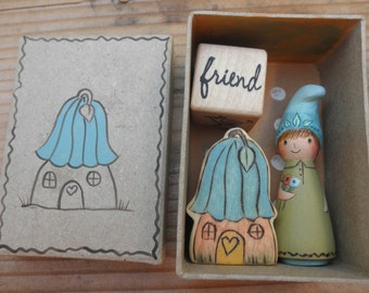 Wood Toy Set-Peg Doll- Mini Flower Habitat-HOME is Where the HEART IS-Story Dice- Waldorf Inspired