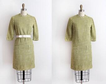 SALE vintage 1960s dress // 60s green houndstooth shift dress