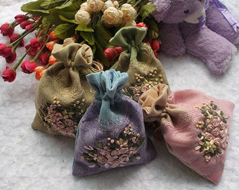 Embroidery Rose Burlap Bags ,Wedding Favor Bags, Gift Drawstring Bags, Christmas Gift Bags,Party Bags,Jewelry Bags