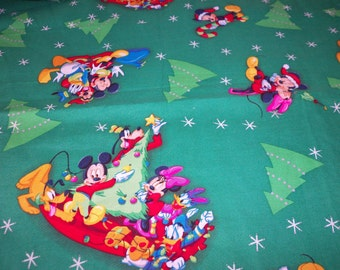 Mickey Christmas Fabric Minnie Donald Goofy Green Backgound New By The Fat Quarter