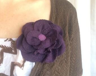 Dark purple brooch pin in wool and viscose fabric, handmade