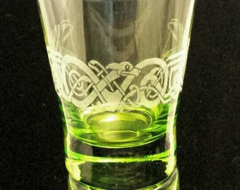 Green Kells Hound Glass