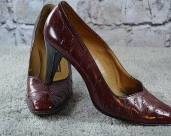 vintage Bally of Switzerland burgundy leather pumps heels 7