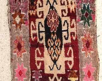 "190X110cm (6' 2""X3' 6""feet)FREE SHIPPING WORLDWIDE AZ28413 Azilal ,Ourika ,Beni Ourain vintage berber rug Morocco,wool carpet , boucherouite"
