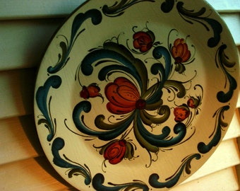 Telemark Style  Rosemaled Burnt Orange and Blue 8 inch Plate