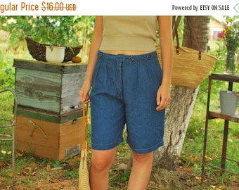SALE Blue High Waisted denim shorts Shorts VINTAGE 80s palazzo shorts